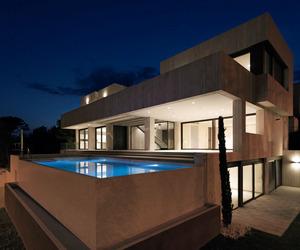 Monasterios House by Antonio Altarriba Comes