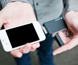 Mophie Keychain Charger for Apple iPhone