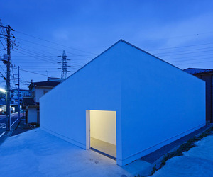 MUR House by Apollo Architects & Associates