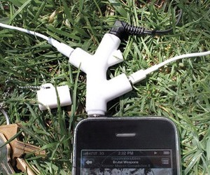 Music Branch Headphone Splitter