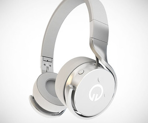 Muzik Social Media Smart Headphones