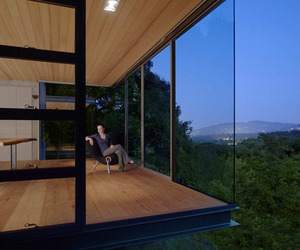 Nature-Embedded Retreats in Silicon Valley