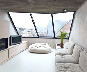 Nest by Crepain Spaens Debie Architecten