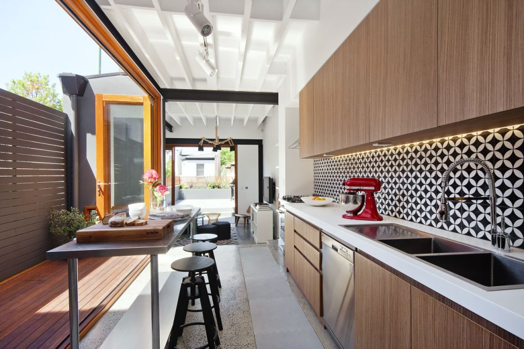 New york loft style renovation in sydney jodi york for New york style kitchen design