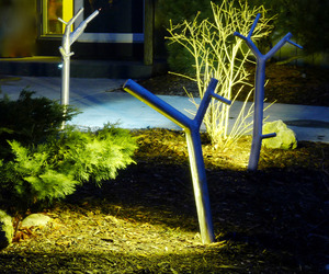 newGROWTH LED Path Lights