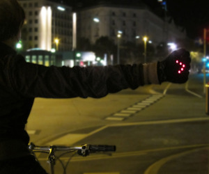 Night Biking Gloves With LED Turn Signals