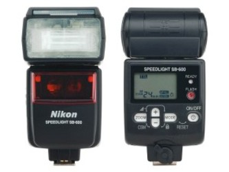 Nikon Speedlight SB-600 Flash for Nikon Digital SLR