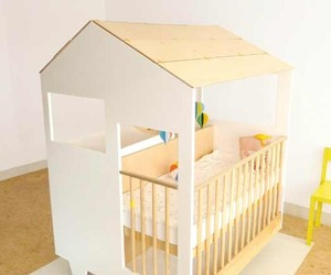 Nina's House - A Baby Crib,Playpen & Changing Table