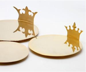 Nuki Sigura | Royal Gold