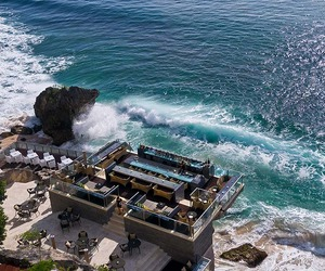 ON THE ROCKS- One of the World's Coolest Bar