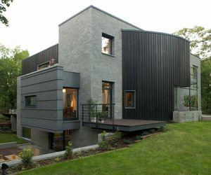 Open Air Sculpture House in Warsaw by Marek Rytych Architekt