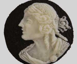 Oreo Cream Centers Carved Into Cameos.