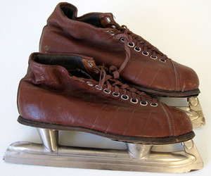 Pair of Vintage Brown Leather USSR Ice Skates, Size 37