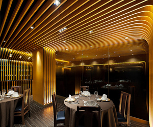 Pak Loh Restaurant in Hong Kong by LEAD