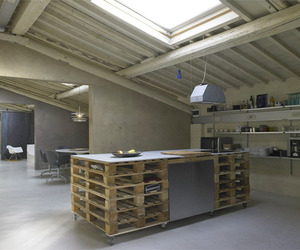 Pallets Loft in Italy | Studio Q-Bic