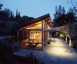 Palo Alto Pool House by Min | Day