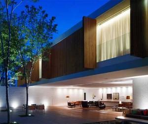 Panama House-Art House Design in Sao Paulo by Marcio Kogan