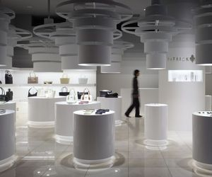 Patrick Cox Shop in Tokyo's Interior by Chikara Ohno