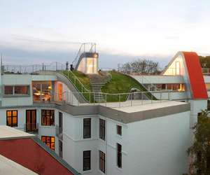 Penthouse Rooftop Playground by JDS Architect