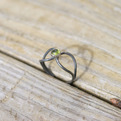 Peridot Loop Ring | kubusrubus