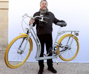 Pibal: Philippe Starck's Hybrid Bike Gets Produced