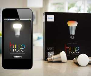 Philips Hue, iPhone Controlled Light Bulbs