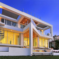 Picture Frame House by DSDG Inc. Architects