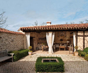 Picturesque Rural Retreat in the Village of Burgos, Spain