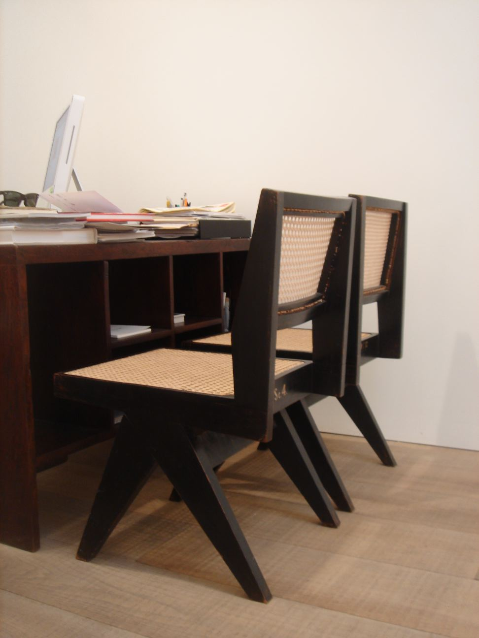 Pierre Jeanneret Type Chairs – Pierre Chair