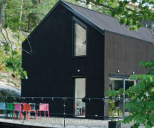 Pinc House prefabs: Black Barn