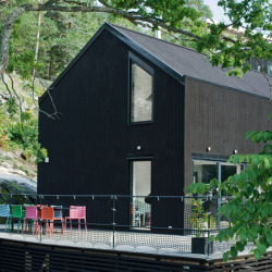 Pinc House Prefabs Black Barn