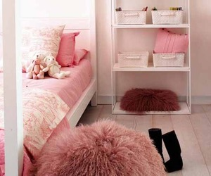 Pink Princess Bedroom by MiCasa