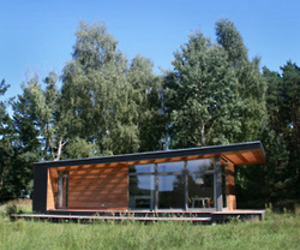 PIU Summer House by Patrick Frey and Bjorn Gotte
