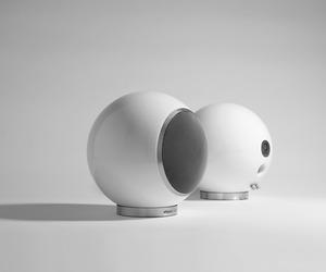 Planet L Speaker