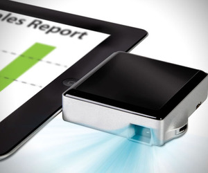 Pocket Projector for iPad