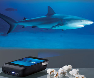 Pocket Projector for iPhone 4 and 4S