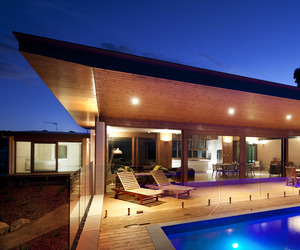 Pod Style Architecture in Eagle Bay by Wright + Feldhusen