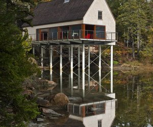 Pond House in Maine by Elliott + Elliott Architecture