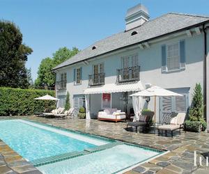 Poolside Comfort