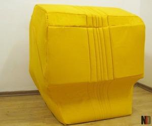 PopUp sofa by Neria Saada