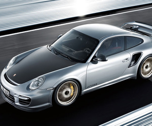 Porsche Outdoes Itself with the GT2 RS