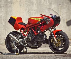 Radical Ducati 900 SS