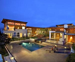 Rancho Santa Fe Home by Safdie Rabines