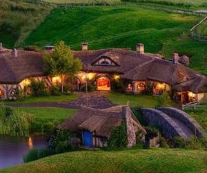 Real Life Hobbit Pub in Hobbiton, New Zealand