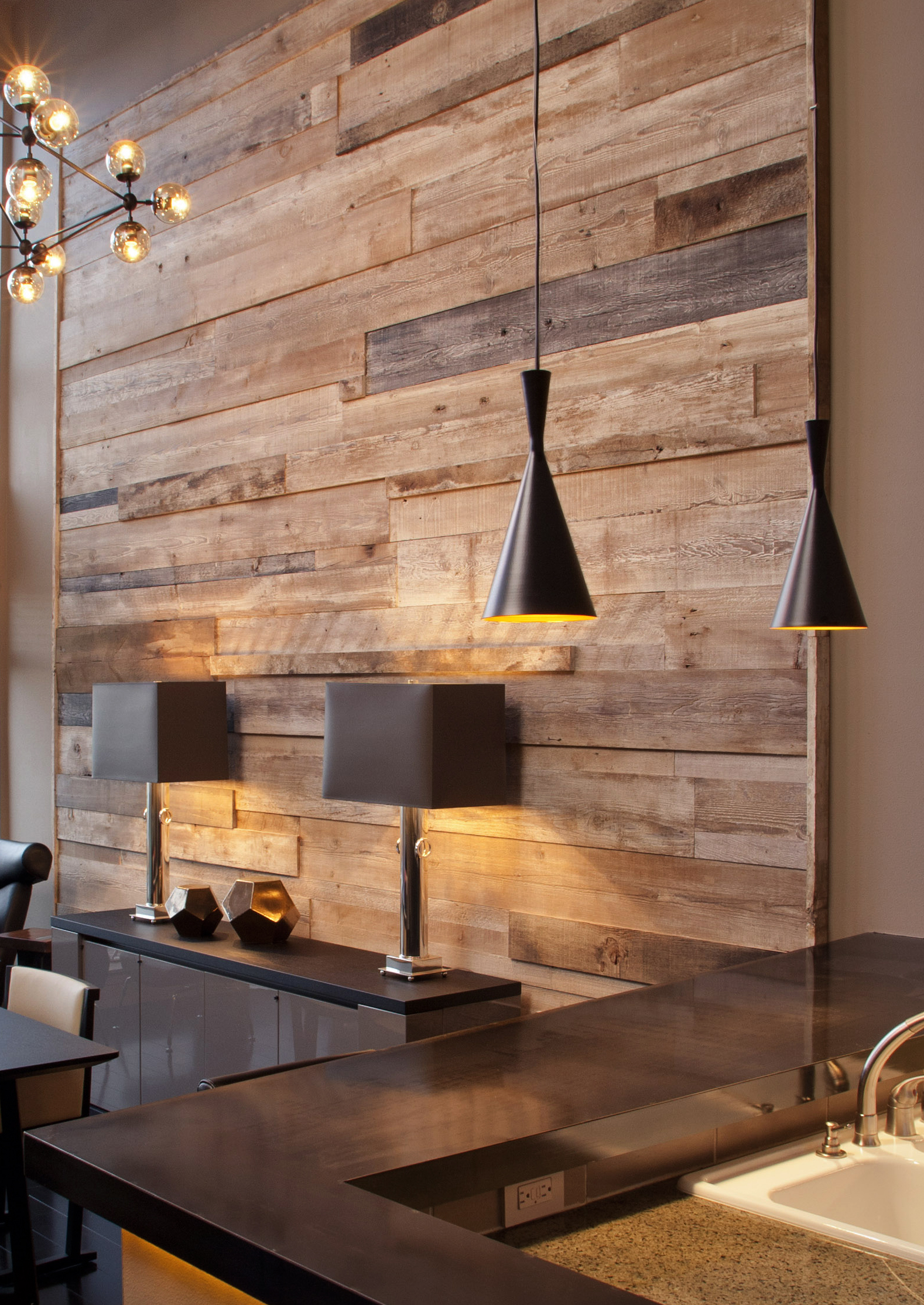 Reclaimed feature wall madera for Forgiarini carrelage