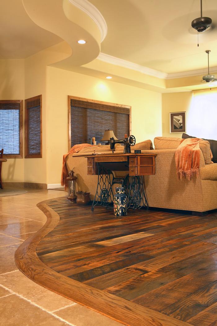 Reclaimed Oak PatinaDeep™ Flooring