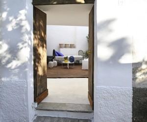 Relaxing Capri Suite by Zetastudio
