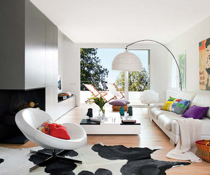 Renovated Country House Displaying Modern Charm