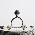 Ring with rough diamonds