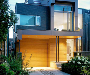 Robert Street Residence by Taylor Smyth Architects
